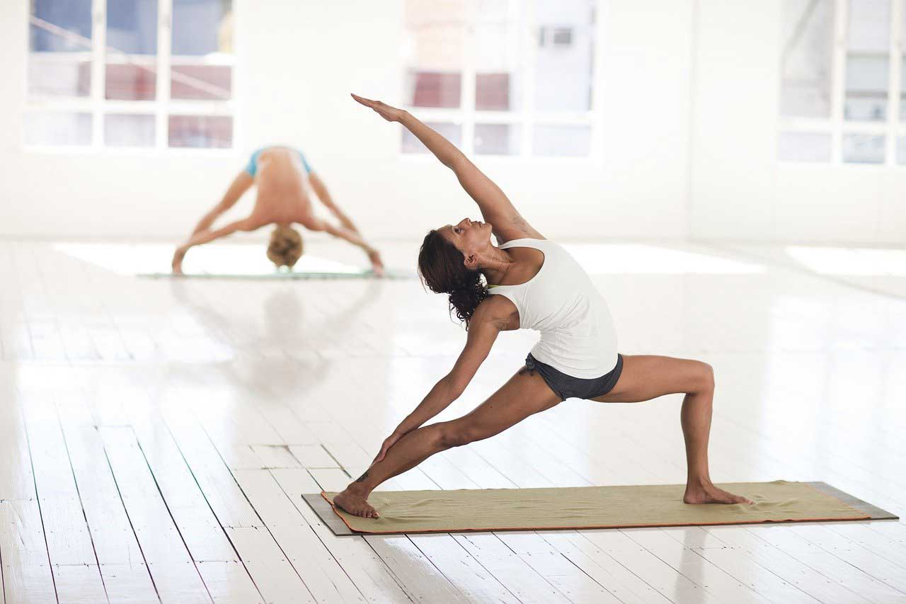 yoga-Sport-fuers-Abnehmen